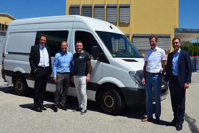 v.l.n.r: Stephan Meisnitzer (Tyczka Trading & Supply GmbH & Co. KG), Dr. Frank Götzelmann (Tyczka GmbH), Moritz Reitschuster (InterEuropean Humand Aid Association Germany e.V.), Stefan Hübner (Tyczka Energy GmbH) , Frederick Tyczka-Christoph (Tyczka GmbH)